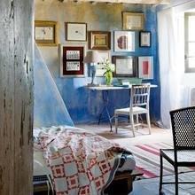 Фотография: Спальня в стиле Кантри, Дом, Испания, Дома и квартиры, Современное искусство – фото на InMyRoom.ru