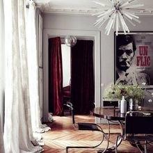 Фотография: Гостиная в стиле Скандинавский, Декор интерьера, Декор, Прочее, Советы, кирпичная стена в интерьере, современный интерьер в квартире старого фонда, метлахская плитка в интерьере, лепнина в интерьере – фото на InMyRoom.ru