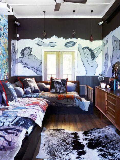 Фотография: Гостиная в стиле Эклектика, Дома и квартиры, Интерьеры звезд – фото на InMyRoom.ru