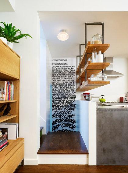 Фотография: Кухня и столовая в стиле Лофт, Декор интерьера, Декор дома, Цвет в интерьере, Обои – фото на InMyRoom.ru