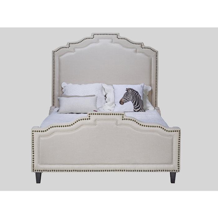 Кровать украшенная капитонами 180х200
