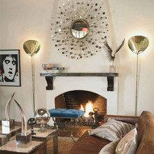 Фотография: Гостиная в стиле Эклектика, Декор интерьера, Дом, Декор дома, Зеркало – фото на InMyRoom.ru