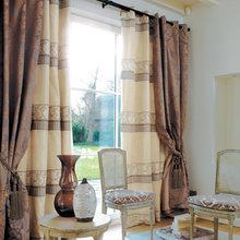 Фотография: Гостиная в стиле Кантри, Декор интерьера, Декор дома, Шторы, Окна – фото на InMyRoom.ru