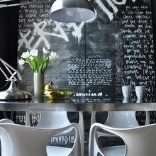 Фотография: Кухня и столовая в стиле Современный, Квартира, Цвет в интерьере, Дома и квартиры, IKEA, Лондон, Черный, Поп-арт – фото на InMyRoom.ru