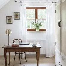 Фотография: Кабинет в стиле Кантри, Дом, Цвет в интерьере, Дома и квартиры, Белый – фото на InMyRoom.ru