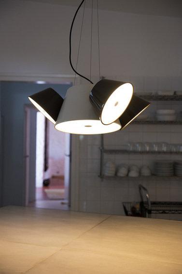 Фотография: Прихожая в стиле Классический, Декор интерьера, Marset, Мебель и свет, Светильники – фото на InMyRoom.ru
