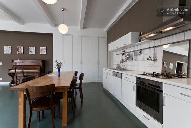 Фотография: Гостиная в стиле Скандинавский, Декор интерьера, Квартира, Дома и квартиры, Airbnb – фото на InMyRoom.ru
