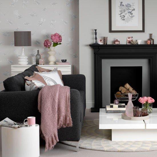 Фотография: Гостиная в стиле Прованс и Кантри, Декор интерьера, Дизайн интерьера, Цвет в интерьере, Черный – фото на InMyRoom.ru