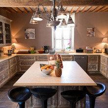 Фотография: Кухня и столовая в стиле Эклектика, Франция, Дома и квартиры, Городские места, Отель, Прованс – фото на InMyRoom.ru