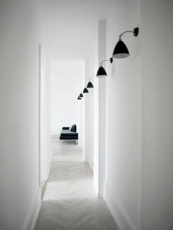 Фотография: Прихожая в стиле Современный, Интерьер комнат, Ковер, Шкаф – фото на InMyRoom.ru