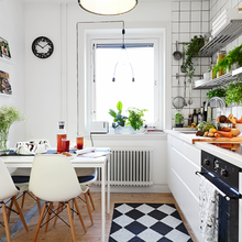 Фотография: Кухня и столовая в стиле Кантри, Скандинавский, Флористика, Стиль жизни – фото на InMyRoom.ru