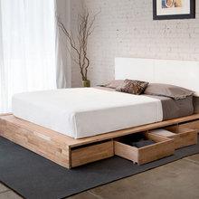 Фотография: Спальня в стиле Лофт, Эко, Гардеробная, Декор интерьера, Интерьер комнат, Системы хранения, Кровать, Гардероб – фото на InMyRoom.ru