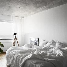 Фотография: Спальня в стиле Скандинавский, Лофт, Советы, Белый, Минимализм, Серый – фото на InMyRoom.ru