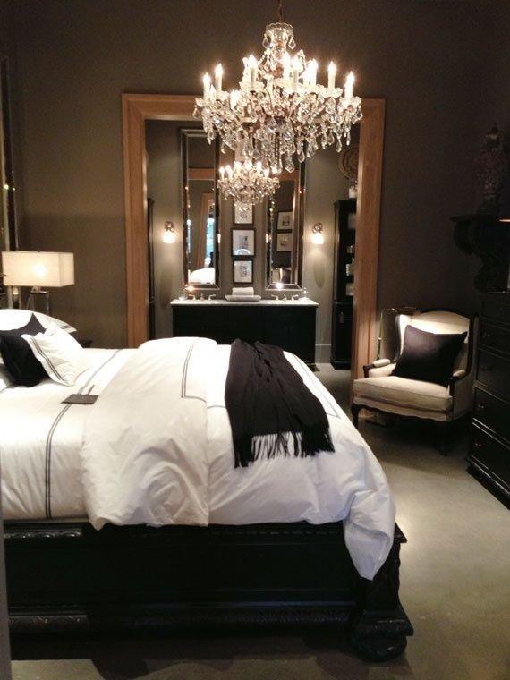 Фотография: Спальня в стиле Классический, Освещение, Декор, Советы, Ремонт на практике – фото на InMyRoom.ru