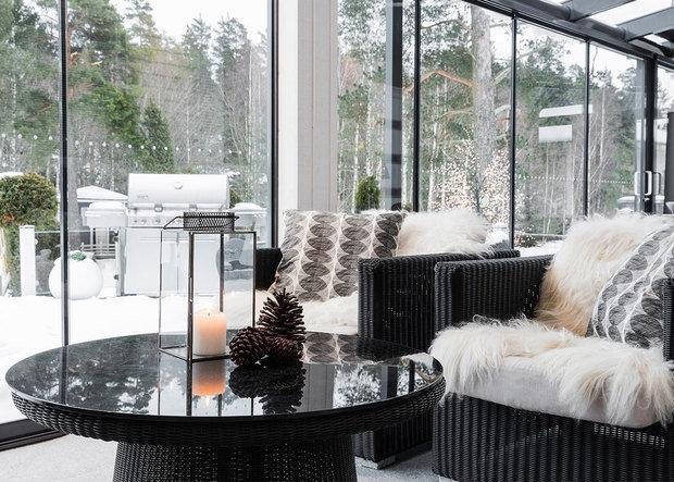 Фото из портфолио Терраса из алюминия и стекла – фотографии дизайна интерьеров на INMYROOM