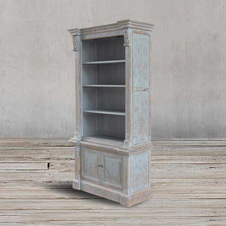Книжный шкаф из массива сосны