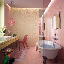 Фотография: Ванная в стиле Эклектика, Декор интерьера, DIY, Дом, Декор дома, Цвет в интерьере, Обои – фото на InMyRoom.ru