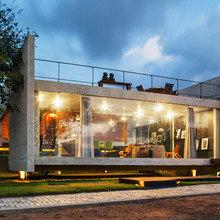 Фото из портфолио Инновационный и доступный дом в Бразилии – фотографии дизайна интерьеров на INMYROOM