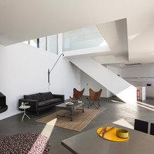Фото из портфолио Изящная геометрия дома с видом на Средиземное море – фотографии дизайна интерьеров на InMyRoom.ru