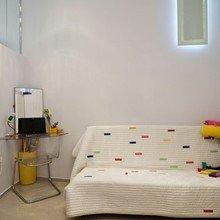 Фотография: Мебель и свет в стиле Минимализм, Квартира, Цвет в интерьере, Дома и квартиры, Белый, Перепланировка, Ремонт, Будапешт – фото на InMyRoom.ru