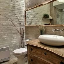 Фотография: Ванная в стиле Лофт, Классический, Эклектика, Декор, Минимализм, Ремонт на практике – фото на InMyRoom.ru