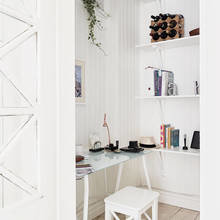 Фото из портфолио Гостиная с камином – теплый интерьер гостевой комнаты – фотографии дизайна интерьеров на INMYROOM