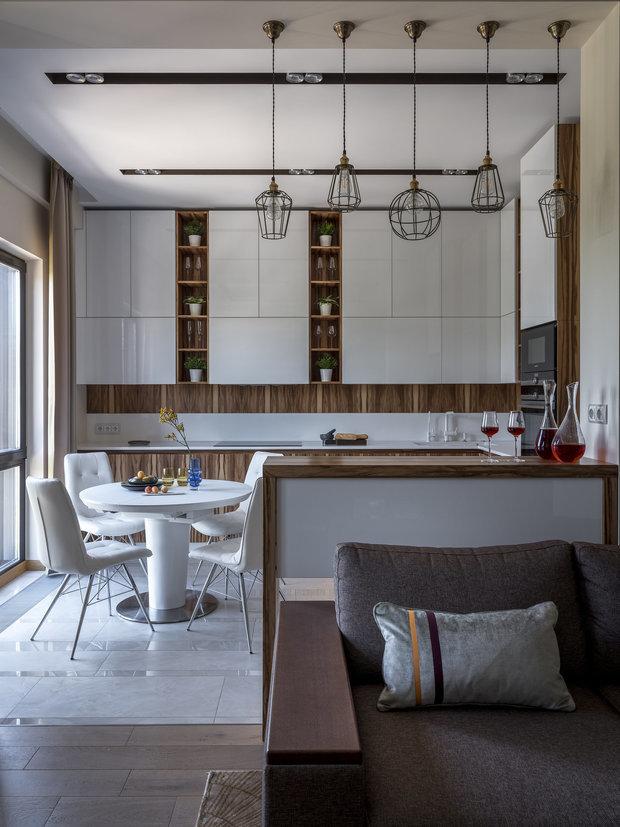 Фотография: Кухня и столовая в стиле Современный, Плитка, Пол, Гид, паркет, ламинат на полу, инженерная доска, OBI, ОБИ, пвх-плитка, керамогранит, австралийская доска, травертин, красивый пол – фото на INMYROOM