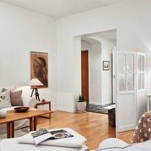 Фотография: Гостиная в стиле Скандинавский, Малогабаритная квартира, Квартира, Швеция, Цвет в интерьере, Дома и квартиры, Белый – фото на InMyRoom.ru
