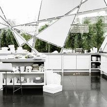 Фотография: Кухня и столовая в стиле Современный, Хай-тек, Декор интерьера, DIY, Цвет в интерьере – фото на InMyRoom.ru