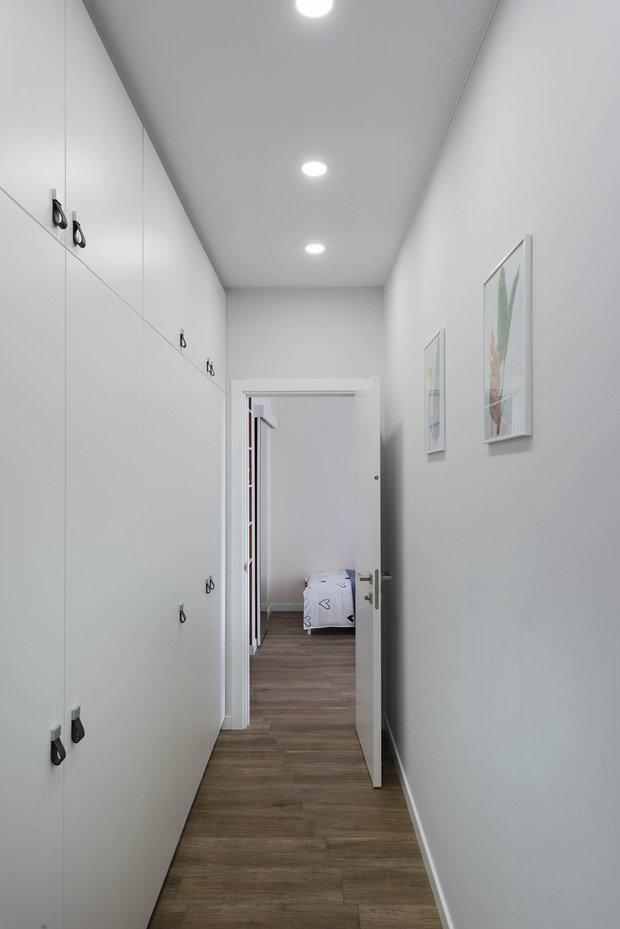 Фотография: Прихожая в стиле Современный, Квартира, Проект недели, PLANiUM, 2 комнаты, 40-60 метров, Киевская область, Каринель Мусий – фото на INMYROOM