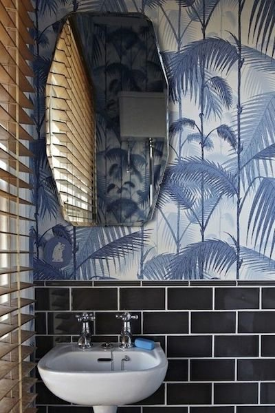Фотография: Ванная в стиле Эклектика, Декор интерьера, Декор дома, Плетеная мебель – фото на InMyRoom.ru