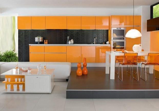 Фотография: Гостиная в стиле Классический, Современный, Кухня и столовая, Декор интерьера, Квартира, Дом, Декор, Оранжевый – фото на InMyRoom.ru