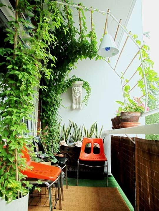 Фотография: Балкон, Терраса в стиле Современный, Декор интерьера, DIY, Дом, Флористика, Стиль жизни, Цветы, специальная тема: балконы – фото на InMyRoom.ru