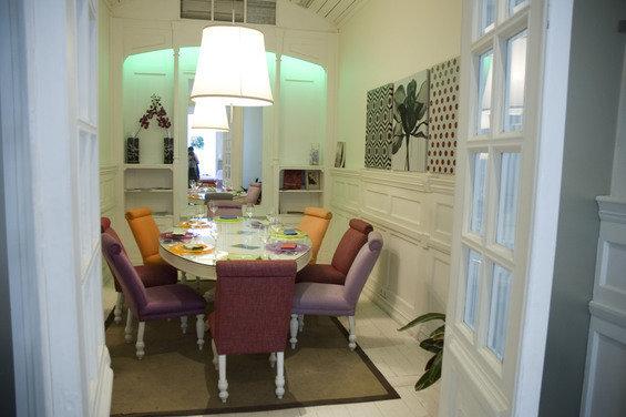 Фотография: Кухня и столовая в стиле Прованс и Кантри, Декор интерьера, Дом, Декор дома, Картина – фото на InMyRoom.ru