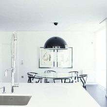 Фотография: Кухня и столовая в стиле Хай-тек, Гостиная, Спальня, Классический, Квартира, Испания, Цвет в интерьере, Дома и квартиры, Бежевый, Подсветка, Перегородка – фото на InMyRoom.ru