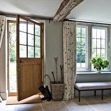 Фотография: Прихожая в стиле Кантри, Классический, Декор интерьера, Дом, Декор – фото на InMyRoom.ru