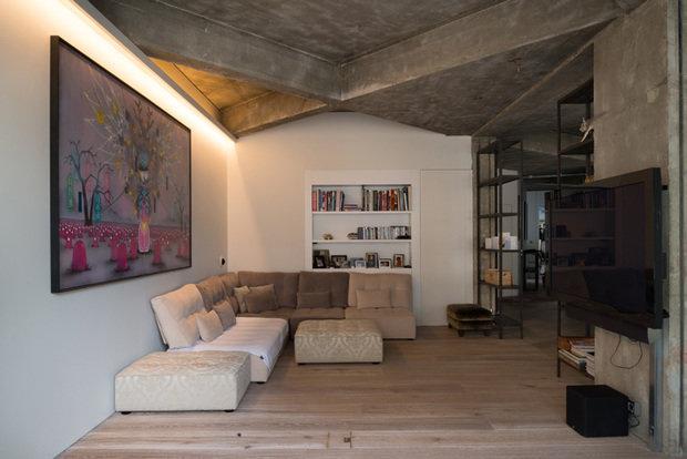 Фотография: Гостиная в стиле Современный, Лофт, Квартира, Дома и квартиры, Проект недели – фото на InMyRoom.ru