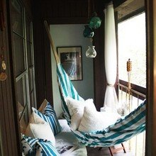 Фотография: Балкон в стиле Кантри, Скандинавский, Декор интерьера, Декор дома, Гамак – фото на InMyRoom.ru