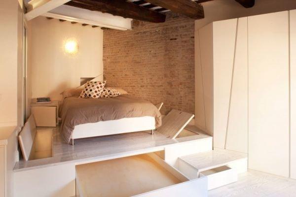 Фотография: Спальня в стиле Лофт, Малогабаритная квартира, Квартира, Дома и квартиры – фото на InMyRoom.ru
