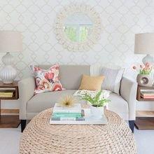 Фотография: Гостиная в стиле Кантри, Декор интерьера, Малогабаритная квартира, Квартира, Декор – фото на InMyRoom.ru