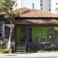 Фотография: Архитектура в стиле Кантри, Дома и квартиры, Городские места, Стена – фото на InMyRoom.ru