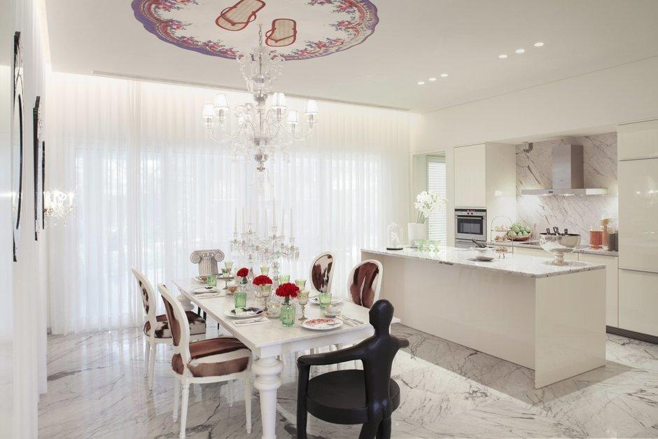 Фотография: Кухня и столовая в стиле Классический, Современный, Декор интерьера, Мебель и свет – фото на InMyRoom.ru