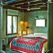 Фотография: Спальня в стиле Лофт, Дома и квартиры, Интерьеры звезд, Индустриальный – фото на InMyRoom.ru