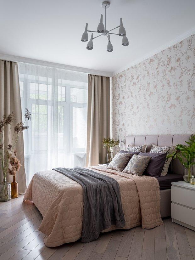 Фотография: Спальня в стиле Современный, Квартира, Проект недели, Москва, 1 комната, до 40 метров, Екатерина Бурдина – фото на INMYROOM