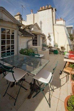 Фотография: Балкон в стиле Прованс и Кантри, Стиль жизни, Советы, Париж, Airbnb – фото на InMyRoom.ru