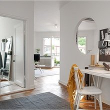Фотография: Офис в стиле Скандинавский, Малогабаритная квартира, Квартира, Швеция, Цвет в интерьере, Дома и квартиры, Белый – фото на InMyRoom.ru