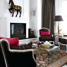 Фотография: Гостиная в стиле Эклектика, Декор интерьера, Декор дома, Журнальный столик – фото на InMyRoom.ru