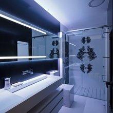Фотография: Ванная в стиле Современный, Хай-тек, Декор интерьера, Декор, Мебель и свет, освещение – фото на InMyRoom.ru