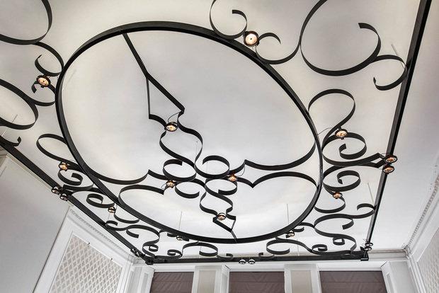 Фото из портфолио Потолок в гостиной- это шедевр дизайна – фотографии дизайна интерьеров на INMYROOM