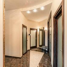 Фотография:  в стиле Современный, Кухня и столовая, Прихожая, Спальня, Квартира, Дома и квартиры – фото на InMyRoom.ru